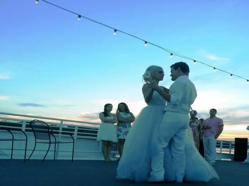 florida destination wedding ideas sky deck dance
