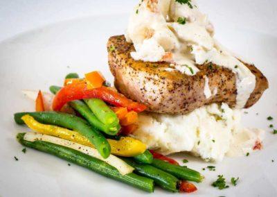 destin fine dining fish w lump crabmeat comp