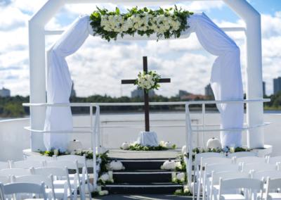 destin wedding flowers whtie karley wide shot