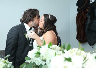 destin weddings eddie and whitney kiss
